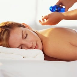 aromatherapy-massage